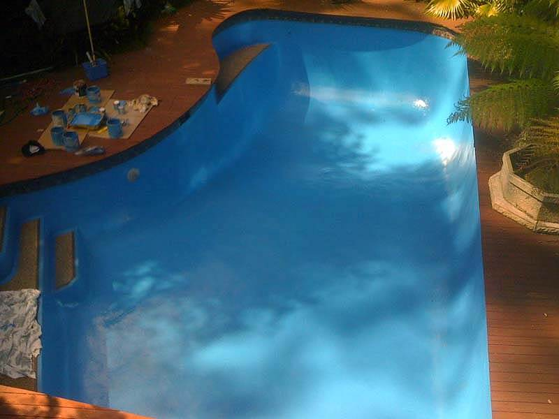 Epotec paint for your swimming pools